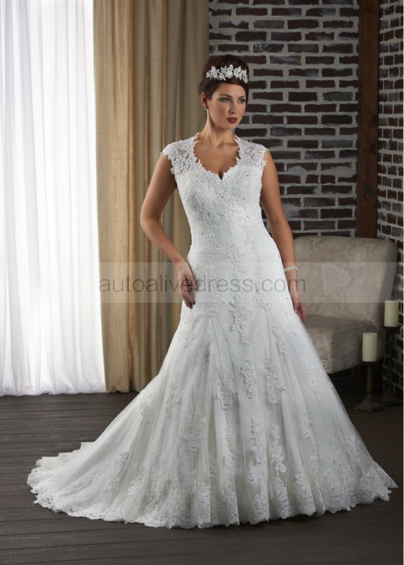 Mermaid Ivory Lace Beads Keyhole Back Plus Size Wedding Dress