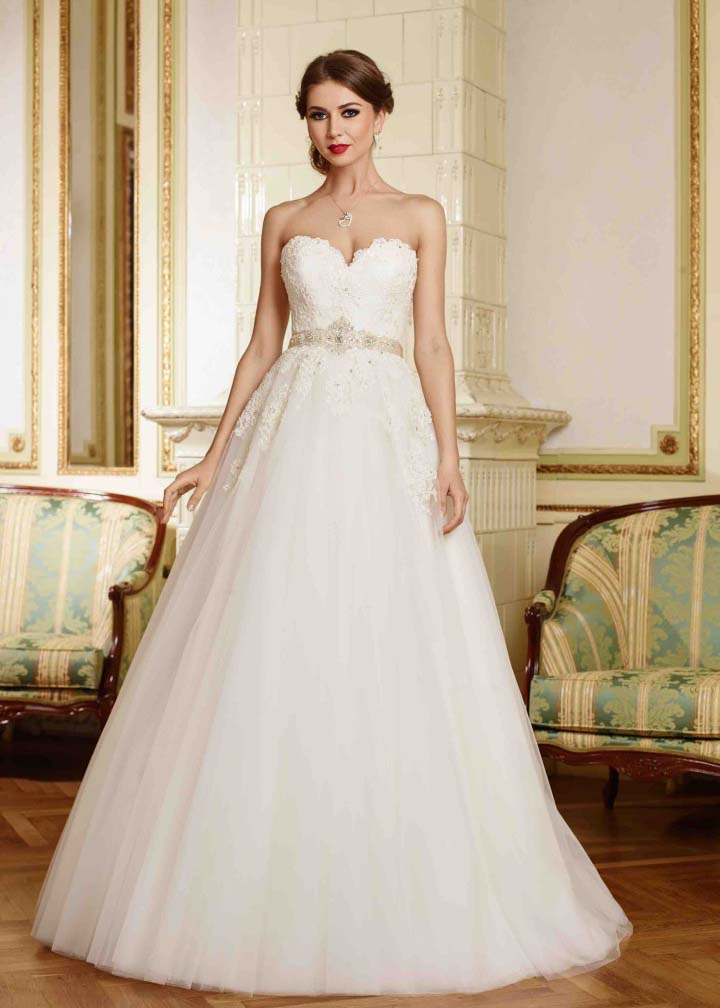 A line strapless sweetheart neckline ivory lace tulle for A line sweetheart tulle wedding dress