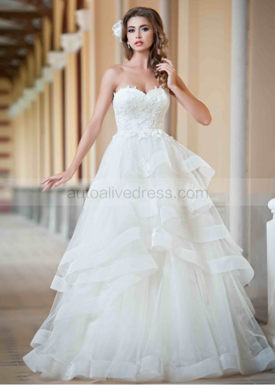 A Line Sweetheart Neckline Ivory Lace Organza Ruffle Wedding Dress